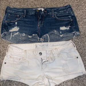 PAIR OF GILLY HICK SHORTS